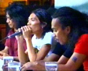 "Grup band Slank, pencipta lagu ""Gosip Jalanan"" yang membuat Gayus Lumbun mencak-mencak."