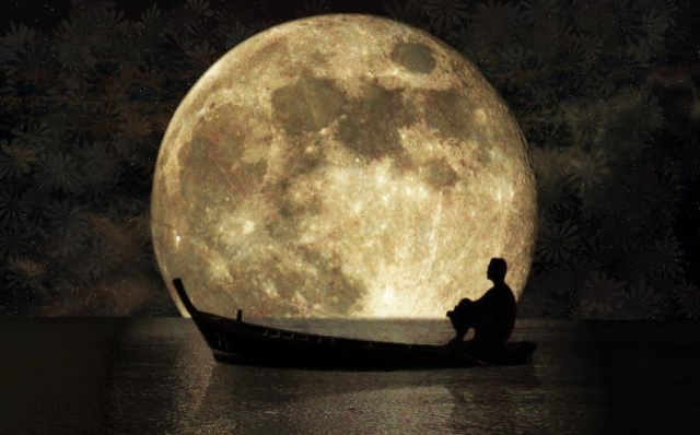 Perahu dan bulan2
